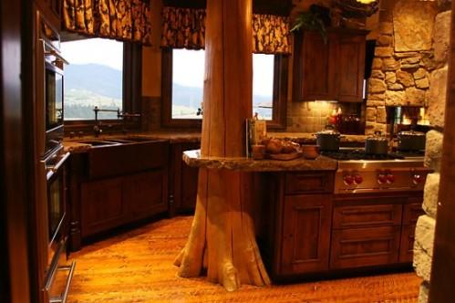 Italian-Kitchen-Cabinet-Design-Rustic-550x366