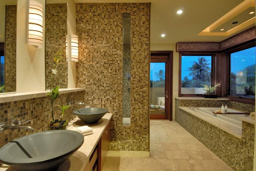 master-bathroom-with-ceramic-wall-design