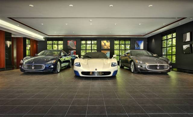high_end_cars_need_luxury_garages19